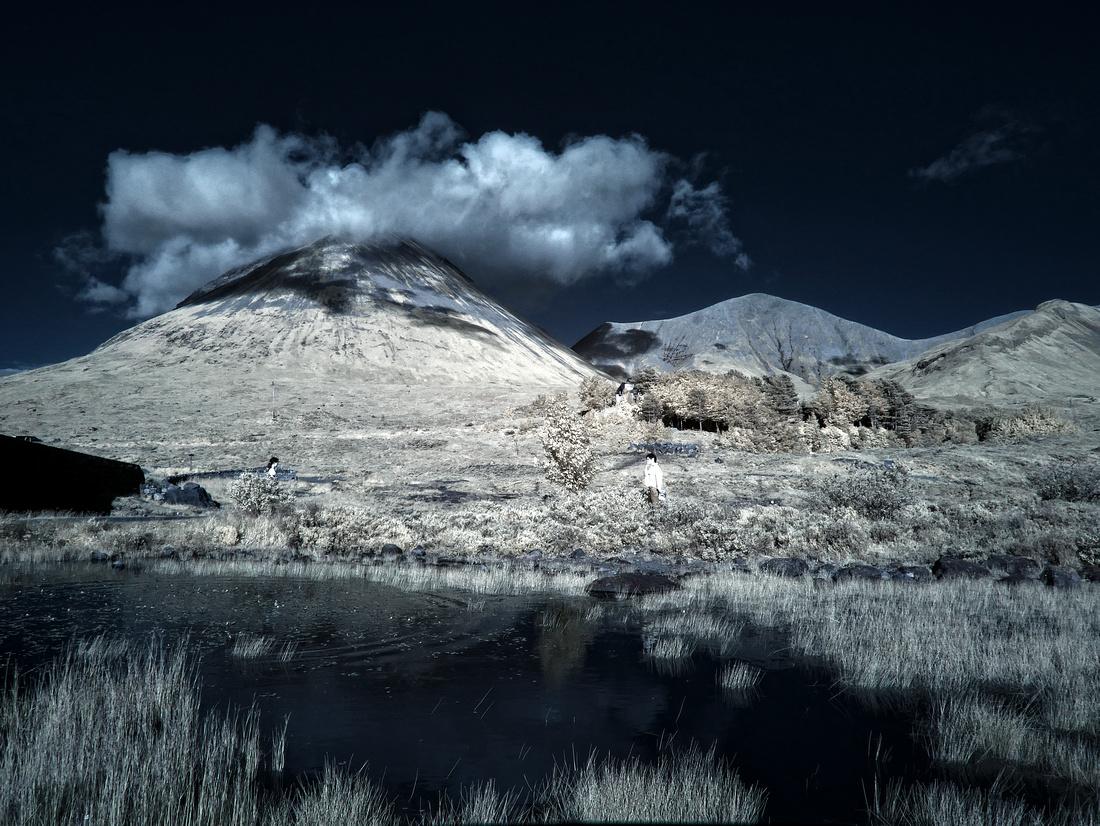 Infrared Photographer Edinburgh Scotland,UK by professional freelance corporate and event photographer Colin Wright, Colin Wright Photography, www.colinwrightphotography.co.uk